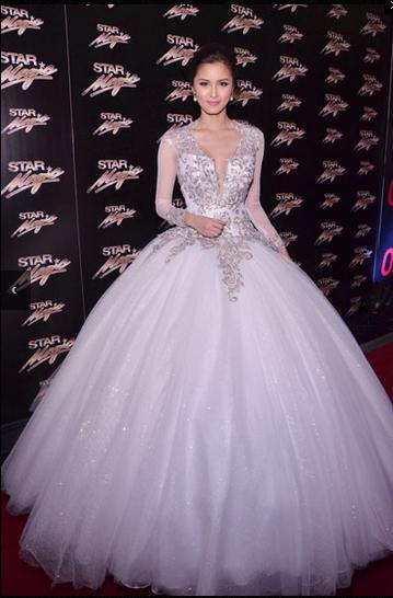 New Arrival Wedding Dresses Cheap Online Appliques Lace Long Sleeve Ball Gown Bridal Dresses