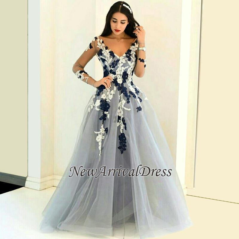 Long-Sleeve Appliques Popular Sheer V-neck Lace Prom Dresses
