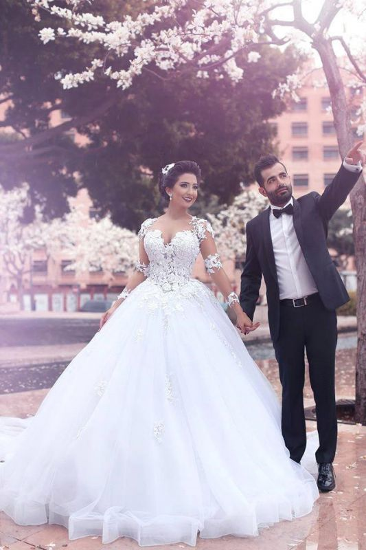 Gorgeous Long Sleeve Ball Gown Wedding Dresses Latest Lace Applique Bridal Gowns MH066