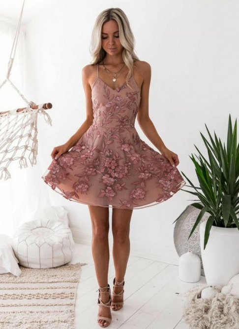 Classic Pink Floral Homecoming Dresses  Spaghetti Straps Lace Appliques Cocktail Dresses