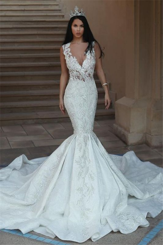 Elegant V-Neck Sleeveless Wedding Dresses | Mermaid Lace Bridal Gowns with Buttons BA9550