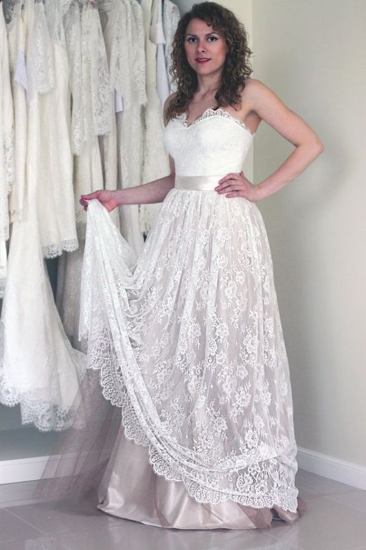 Sleeveless New Arrival A-line Sweetheart Simple Lace Long Sash Wedding Dresses