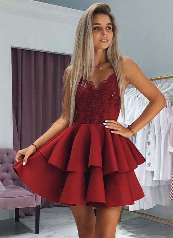 Classic Layers Homecoming Dresses  Spaghetti Straps Lace Cocktail Dresses with Appliques