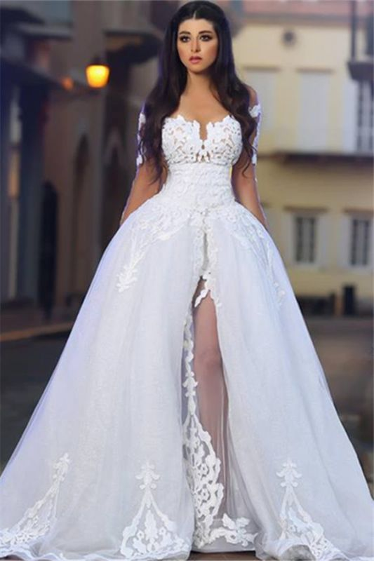 Elegant A-Line Tulle Long Sleeve Lace Appliques White Wedding Dressess BA4426