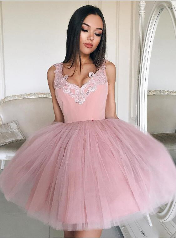 Newest Pink Straps Short Sleeveless Lace Homecoming Dress