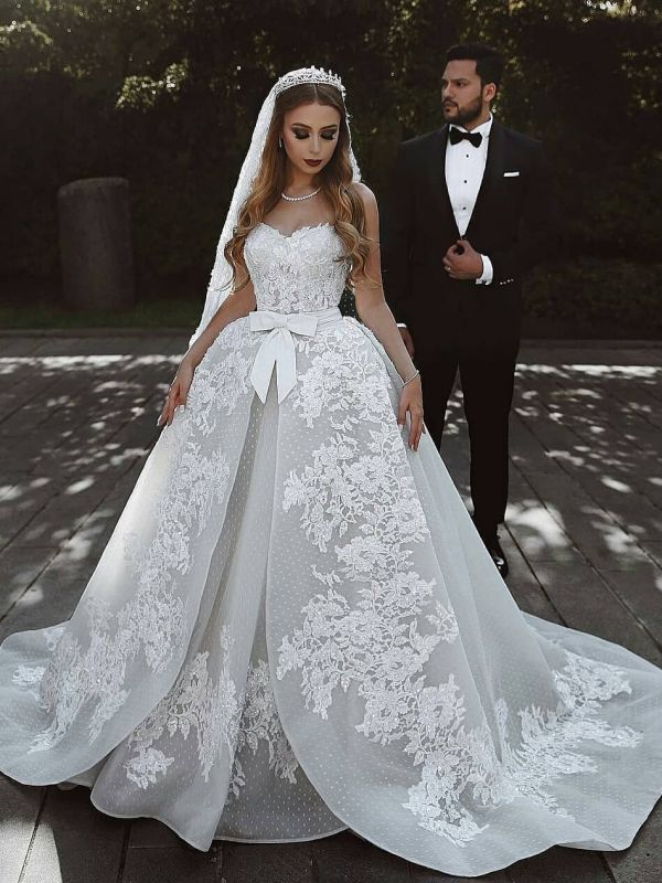 Sexy Lace Wedding Dresses With Bows Cheap | Sweetheart Sleeveless Overskirt Bridal Gowns
