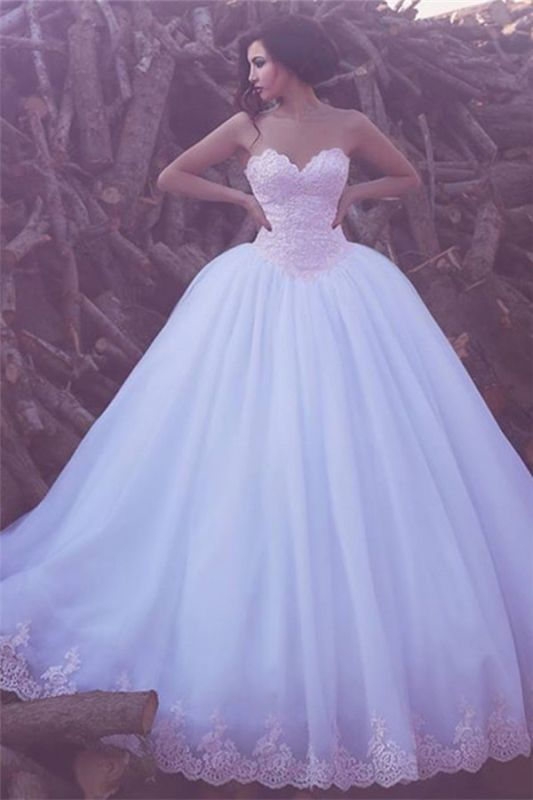 Elegant Lace Appliques Sweetheart Custom Made Tulle Ball Gown Wedding Dress Cheap