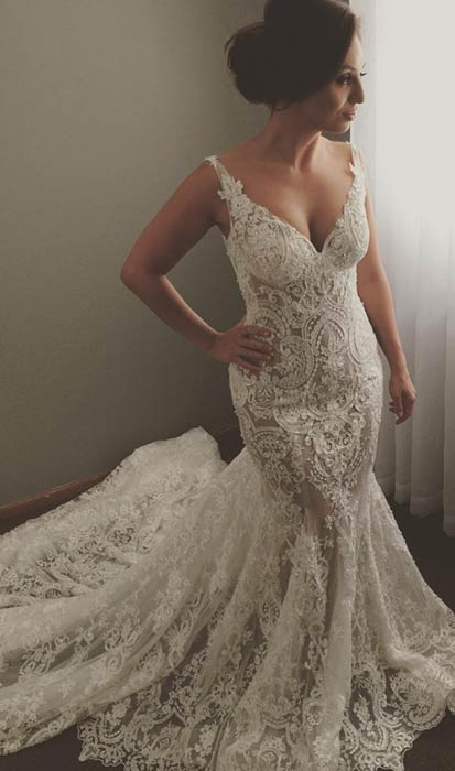 V-neck Sleeveless Mermaid Wedding Dresses | Cheap Lace Appliques Bridal Gown WE0196