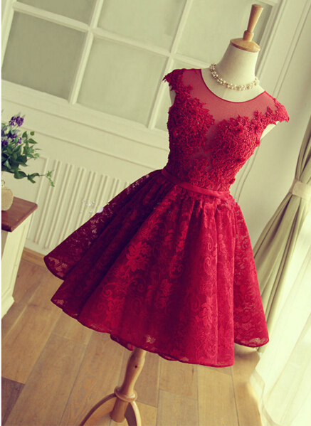 Delicate Red Lace AppliquesSexy Short Homecoming Dresses Mini with Cap Sleeve