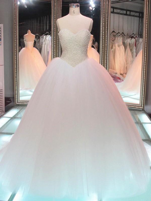 Sweetheart Tulle Cheap Online Pearls Glamorous Princess Elegant Ball Gown Wedding Dresses