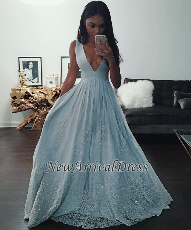 Sleeveless Lace Baby-Blue Beading V-neck Pretty Prom Dress