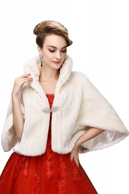 Elegant Warm Tulle  Ivory Half-Sleeves Casual Wraps with Crystal