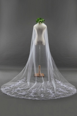 Elegant Cathedral Tulle Scalloped Edge 3*1.8M Wedding Gloves with Appliques_3
