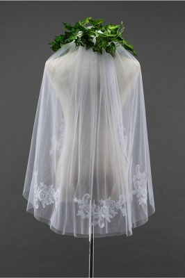 Floral Cute Tulle Cut Edge 1.5*1.5M Wedding Gloves with Appliques Sequined_1