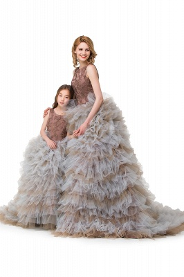 HEAVEN| Ball Gown Court Train Jewel Sleeveless Tulle Embroidery Mother Daughter Dresses_8