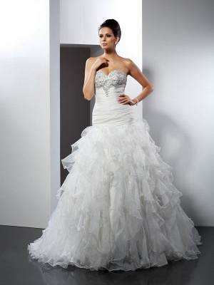 Ball Gown Sweetheart Sleeveless Ruffles Long Tulle Wedding Dresses