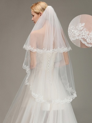 Two Layers Lace Edge Wedding Veil with Comb Soft Tulle Bridal Veil_2