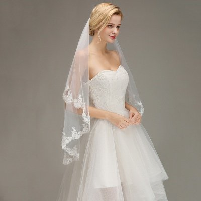Two Layers Tulle  Appliques Comb Wedding Veil_4