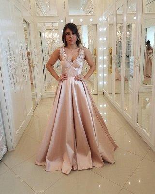 Unique Straps Appliques  Lace Sleeveless Prom Dress_1