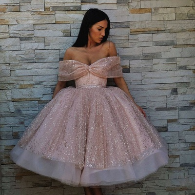 Charming Off-the-Shoulder Ball Gown Tulle Tea-Length Prom Dresses_3