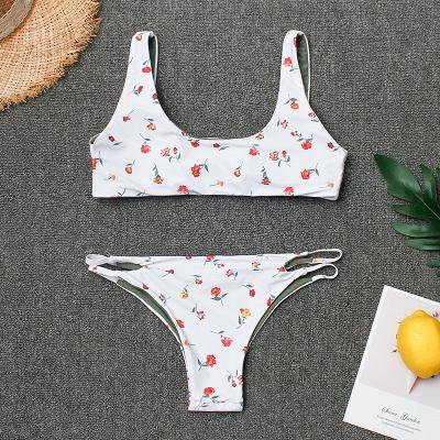 Girly Straps Flower Prints White Two Piece Sexy Bikini Swimsuits_6