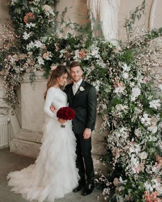 Elegant Appliques Cheap Wedding Dresses | Side Slit  Mermaid Sleeveless Flowers Bridal Gowns_3