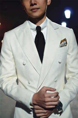 Elegant White Wool Double-Breasted Tailor Wedding Suit For Groom | Newly 3 Pockets Peak Lapel Fit Bridegroom Suit
