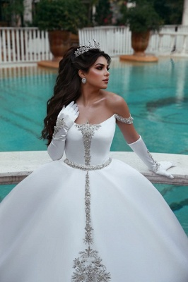 Luxury Off The Shoulder Sleeveless Appliques Ball Gown Wedding Dresses_2
