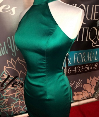 Simple Dark Green High Neck Sexy Short Homecoming Dresses | Sheath Sleeveless Mini Cocktail Dress_2