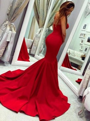 Red sweetheart mermaid prom dress with train_2