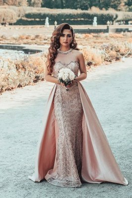 Off Shoulder Slim Mermaid Eveing Gown with detachable train