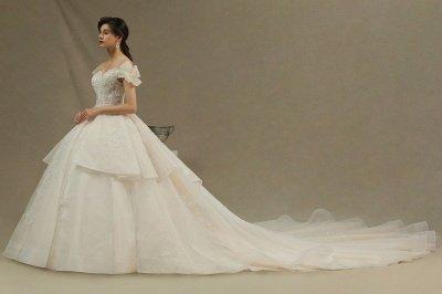 Off Sohulder Aline White Princess Bridal Gown Floor  Length Lace Wedding Dress_4