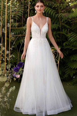 Elegant Spaghetti Straps V-Neck Tulle A-line Wedding Dress