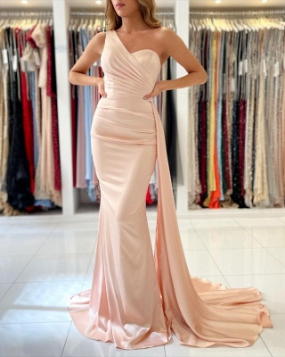 Elegant One Shoulder Mermaid Prom Gown With Sweep Train_2