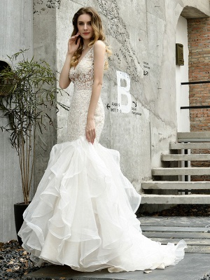 Wedding Bridal Gowns Mermaid Sleeveless V Neck Lace Bridal Gowns With Train_1