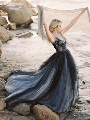 Black Gothic Wedding Dresses A-Line V-Neck Sleeveless Ball Gown Tulle Lace Bridal Gown_9