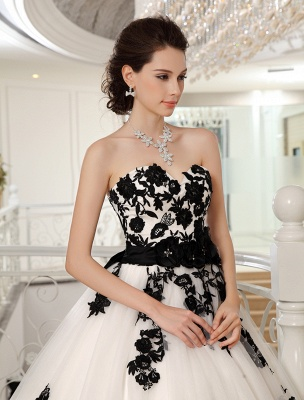 Wedding Dresses Strapless Black Bridal Gown Lace Applique Flowers Sash Beaded Court Train Ivory Tulle Bridal Dress Exclusive_5