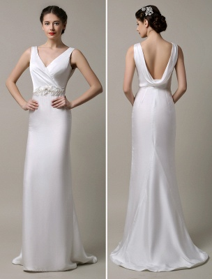 Elfenbeinfarbener Satin mit tiefem V-Ausschnitt und Wasserfallausschnitt mit verzierter Schärpe Hochzeitskleid_1