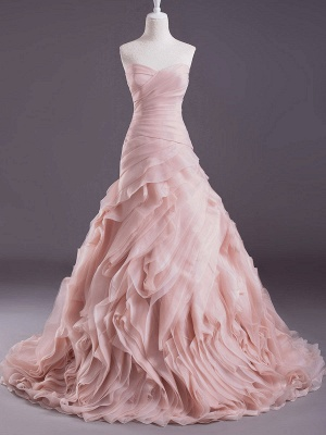 Rosa A-Linie trägerloses herzförmiges Brautkleid mit abgestuftem Sweep-Effekt_1