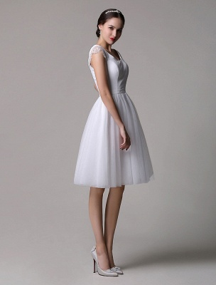 Simple Wedding Dresses Tulle Scoop Neck Knee Length Short Bridal Dress With Lace Cap Sleeves_5
