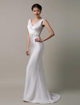 Elfenbeinfarbener Satin mit tiefem V-Ausschnitt und Wasserfallausschnitt mit verzierter Schärpe Hochzeitskleid_3