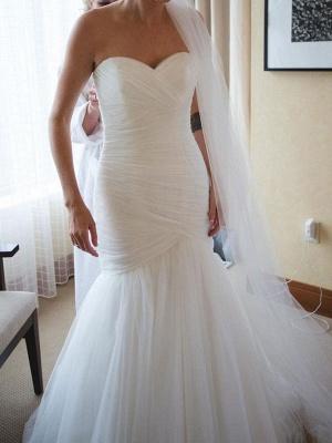 Robe de mariée col en cœur sans manches taille naturelle plissée train train robes de mariée_2