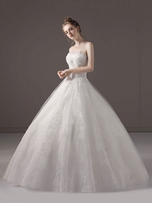 Princess-Ball-Gown-Wedding-Dresses-Strapless-Lace-Applique-Beaded-Ivory-Maxi-Bridal-Dress_2