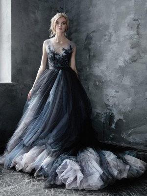 Black Gothic Wedding Dresses A-Line V-Neck Sleeveless Ball Gown Tulle Lace Bridal Gown_1