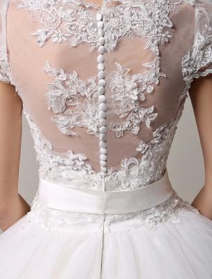 Kurzarm-Spitze-Prinzessin-Hochzeitskleid mit mehrlagigem Tüllrock Exklusiv_6