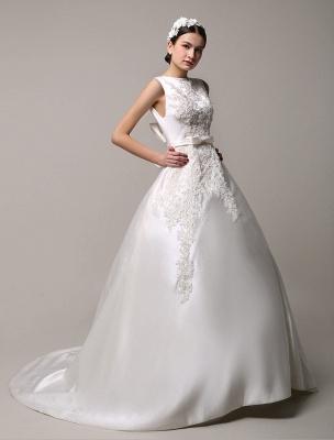 Vestido de novia de encaje con espalda descubierta y cuello barco con bolsillos de inserción Exclusivo_2