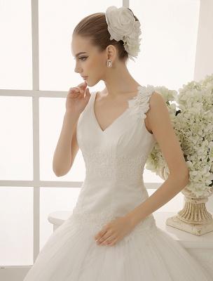 V-Neck Mermaid Brides Wedding Dress With Flowers Detailing_4