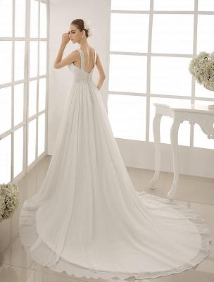 Vestido de novia con cuello de pico y pedrería con vaina_4
