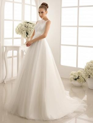 Brautkleid mit Bateau-Ausschnitt und Kapellenschleppe_3