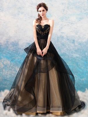 Gothic Brautkleider Prinzessin Silhouette Ärmellos Plissee Tüll Sweep Brautkleid_2